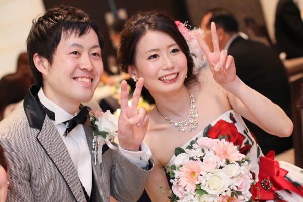 新潟市結婚式場 お色直し入場 カラードレス タキシード テーブルラウンド フォトタイム