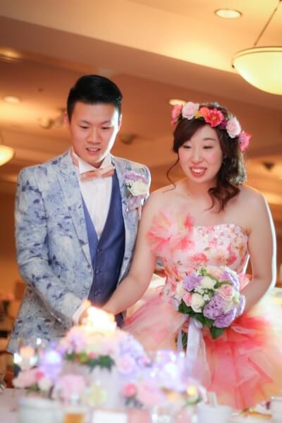 新潟市結婚式場 キャンドルサービス 演出 ゲスト 笑顔