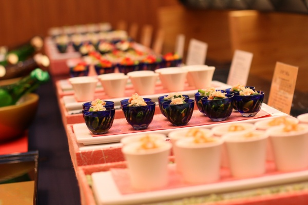 日本酒ビュッフェ おつまみ 新潟市結婚式場 ブライダルステージデュオ