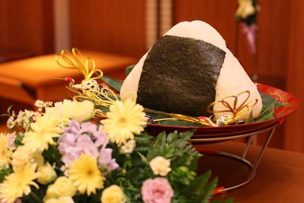 新潟市結婚式場 ブライダルステージデュオ おにぎりカット ケーキカット オリジナル