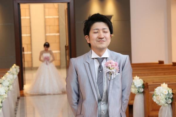 【新郎さんとは結婚式当日が初対面♪】憧れのファーストミートはチャペルで実現❤