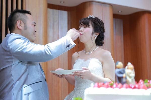 新潟市結婚式場ブライダルステージデュオ ケーキ ファーストバイト