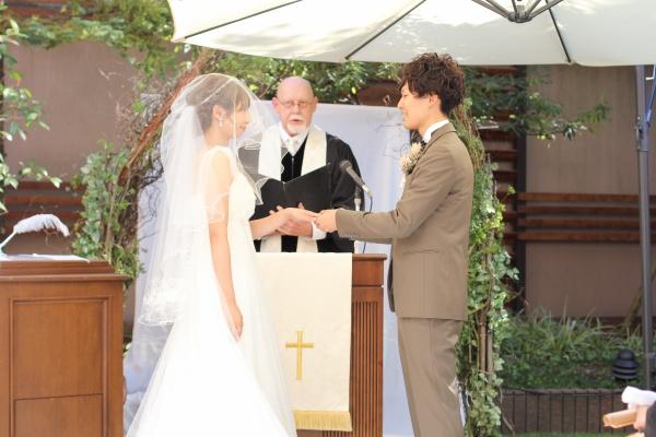 新潟市結婚式場ブライダルステージデュオ 指輪の交換 ガーデン