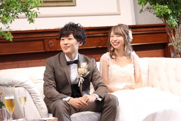新潟市結婚式場ブライダルステージデュオ 新郎新婦 歓談