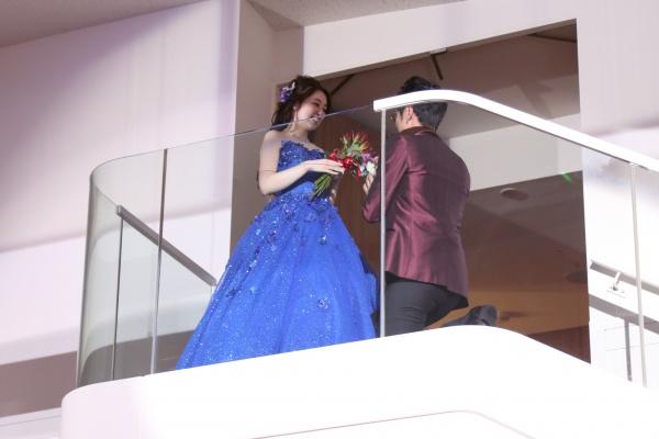 新潟市結婚式場ブライダルステージデュオ  階段入場