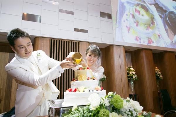 新潟市結婚式場ブライダルステージデュオ ウェディングケーキ カラードリップ