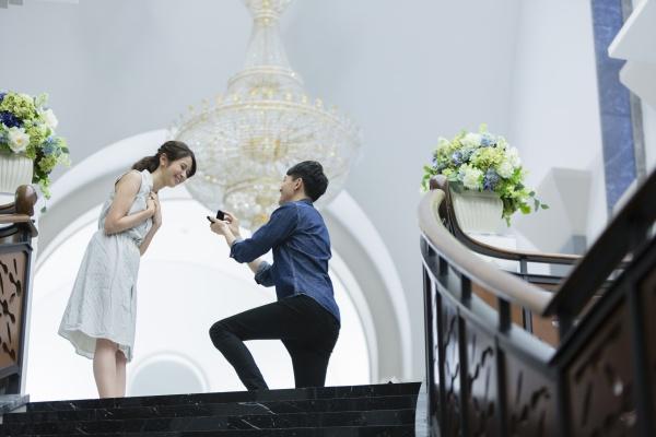 【結婚式への第一歩!】プロポーズのポイントをご紹介♪