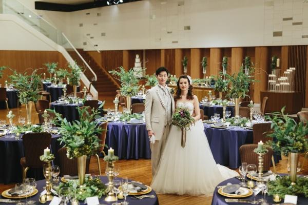新潟市結婚式場ブライダルステージデュオ パーティー会場 バッハザール 大階段 シック おしゃれ シンプル