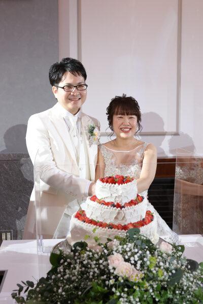 新潟市結婚式場ブライダルステージデュオ 新郎新婦 ケーキ入刀
