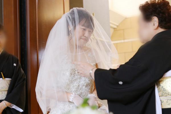 新潟市結婚式場ブライダルステージデュオ 新郎新婦 チャペル 人前式
