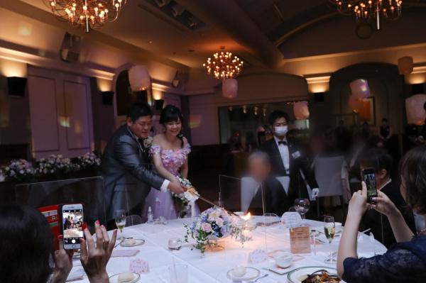新潟市結婚式場ブライダルステージデュオ 新郎新婦 ランタン キャンドルサービス
