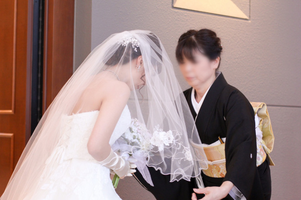 新潟市結婚式場ブライダルステージデュオ チャペル ベールダウン