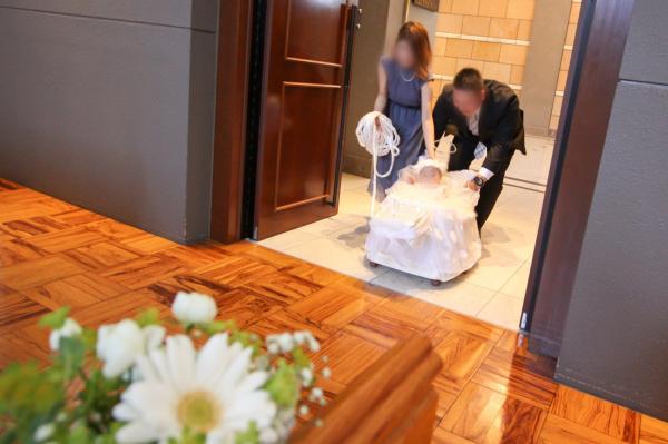 新潟市結婚式場ブライダルステージデュオ チャペル バージンロード